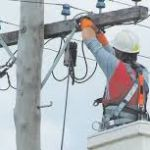 Электричество своими руками. Как подключить электричество к частному дому своими руками?